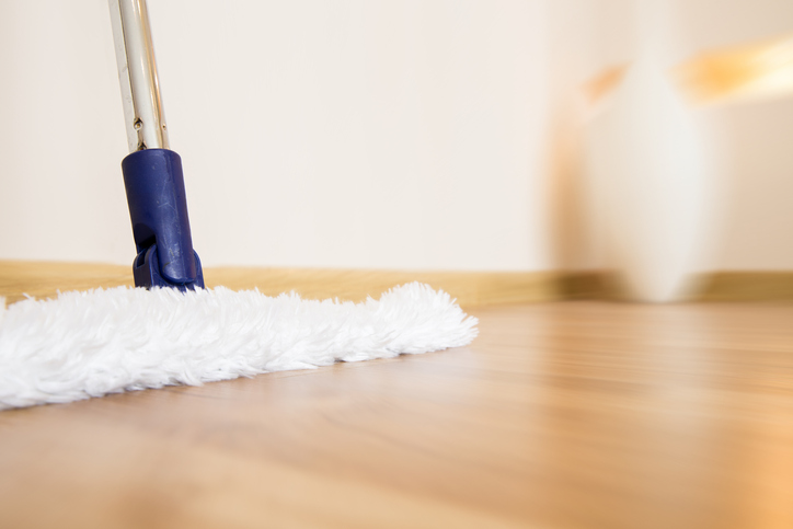 The Do's & Don'ts of Hardwood Floor Care 1